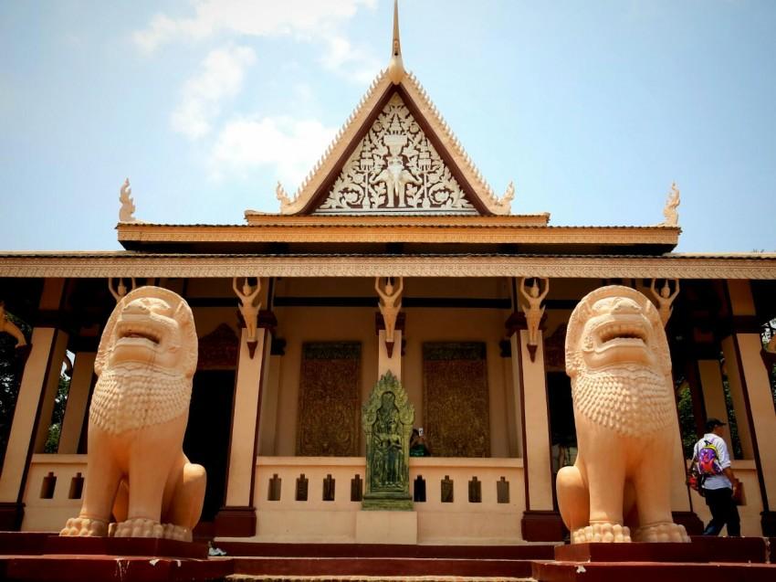 Phnom-Wat-2