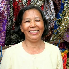 Rencontre avec Moly Ung, une Khmère à Angkor