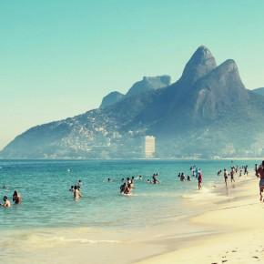 """Je m'envole au paradis, je vais à Rio..."""
